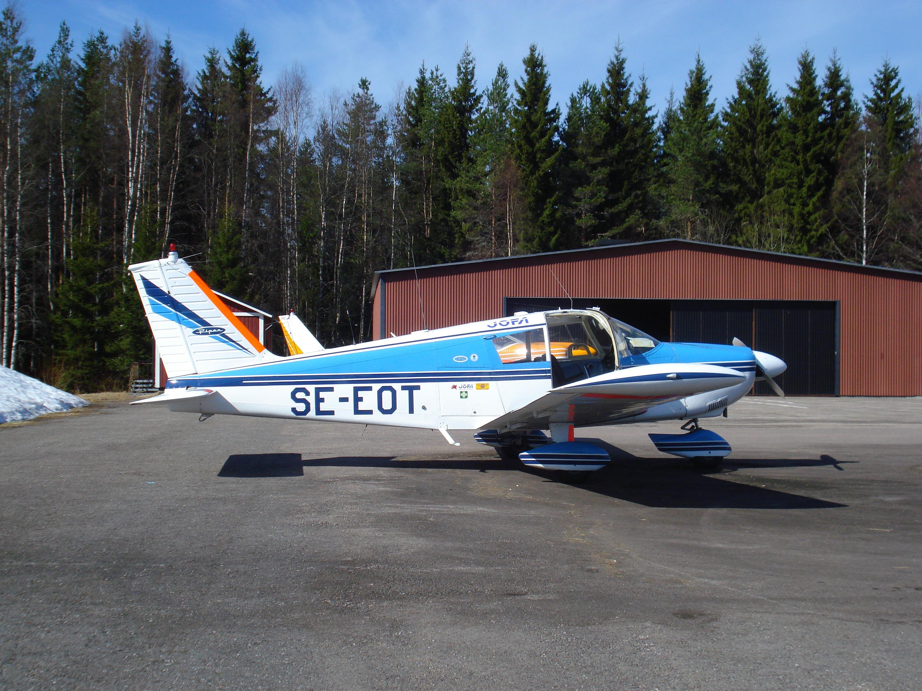 PA-28-180
