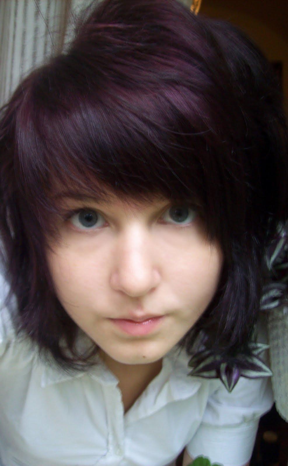 färga brunt hår lila