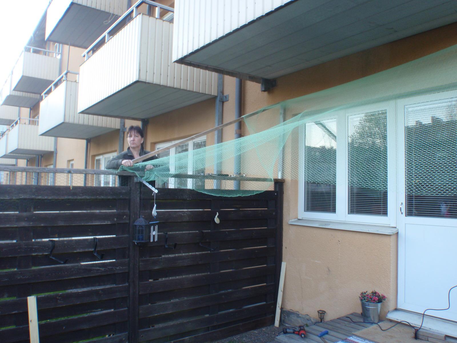 Kattnät balkong lag