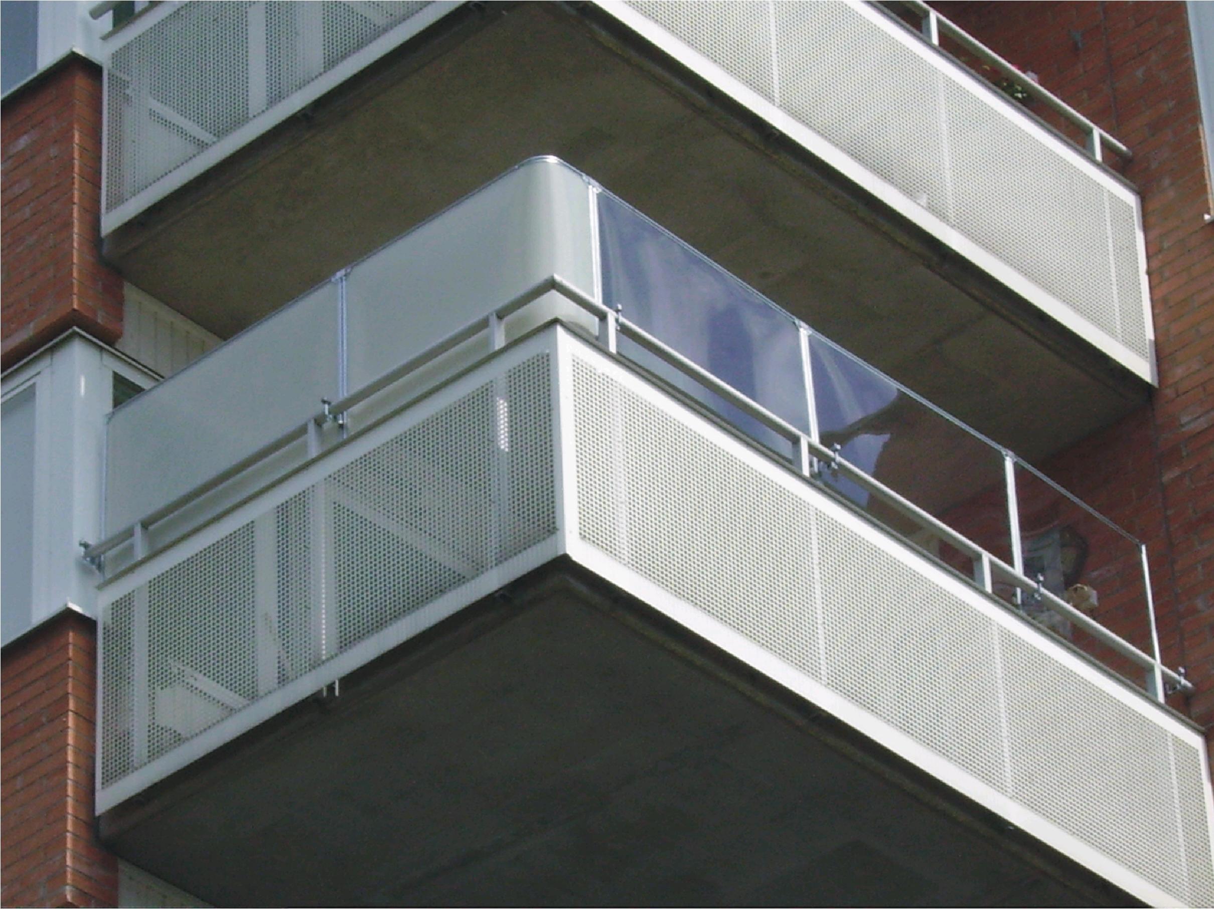 Kattskydd på balkong